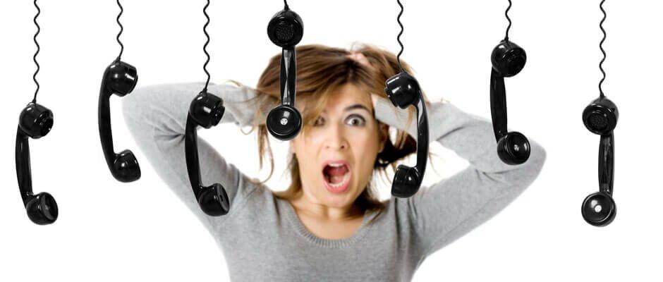 Имеют ли право коллекторы звонить на работу или родственникам